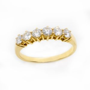 Anillo Seis Diamantes