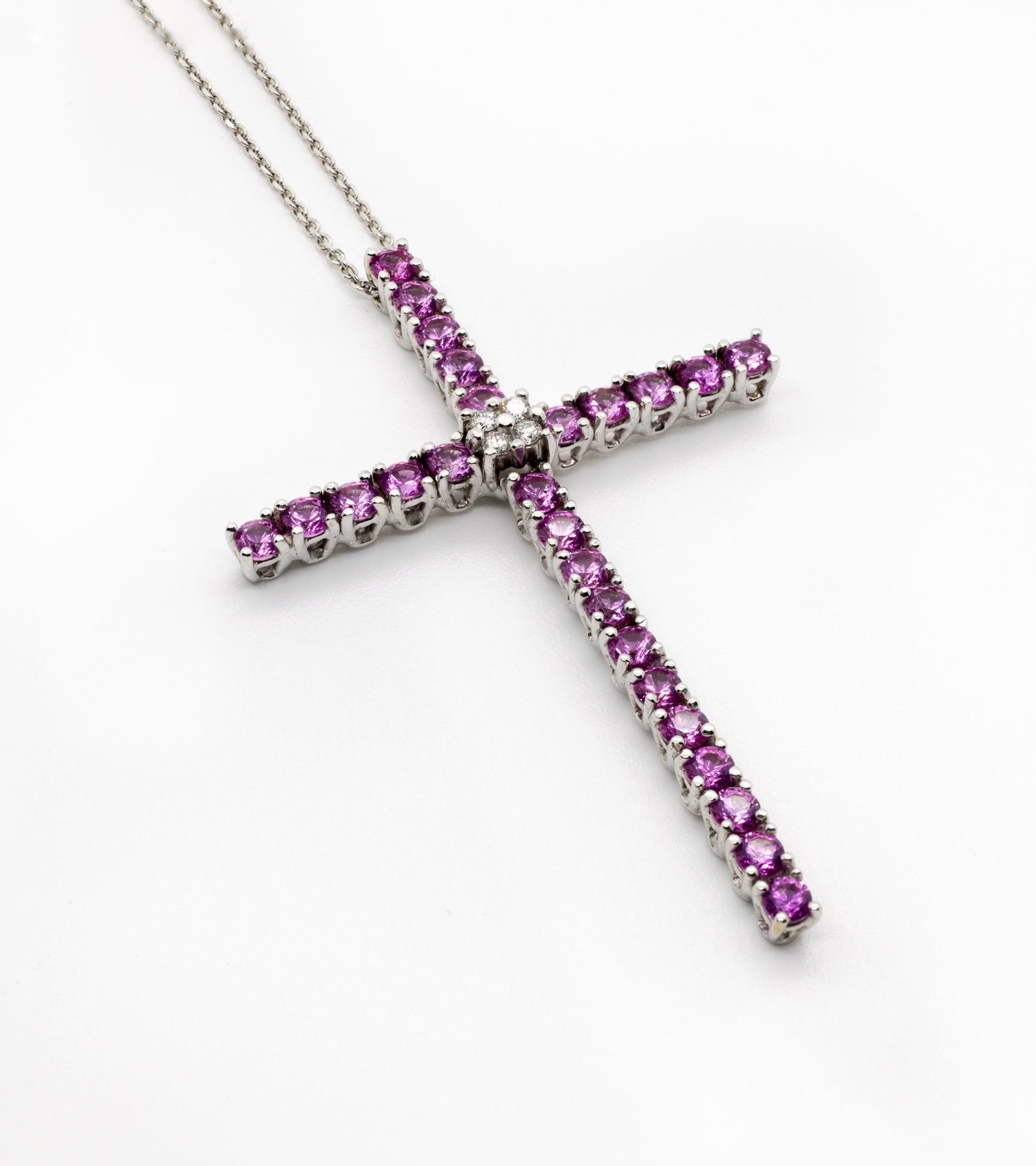 Collar Cruz Zafiros Diamantes